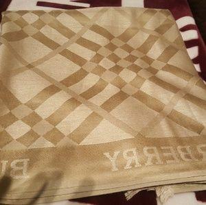 Burberry fashion scarf